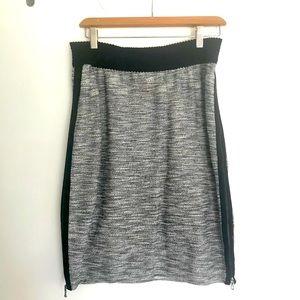 Leifs Dottir Side Zip Knit Skirt